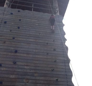 Year 6 DHW day 2: climbing